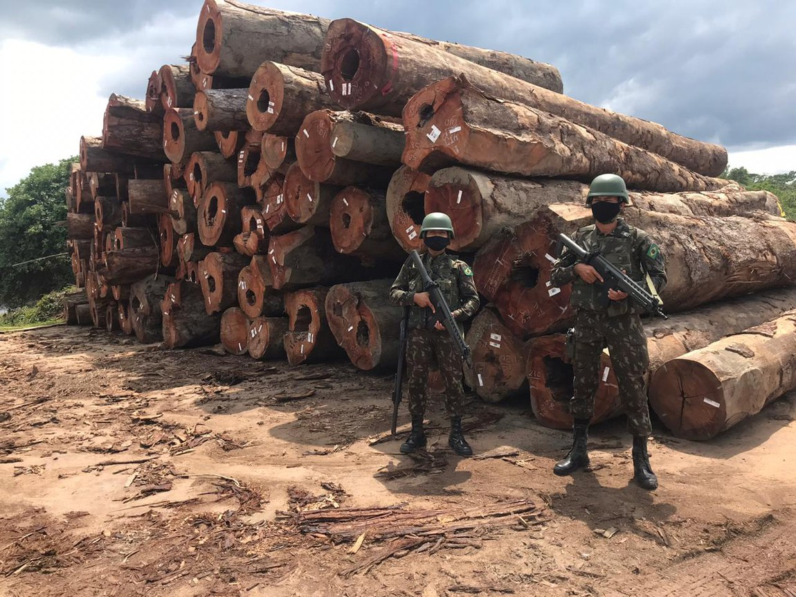 Military occupies timber company in Itaituba